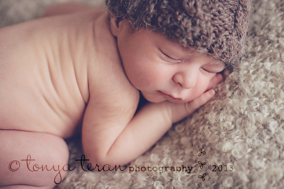 Washington, DC newborn photographer   Tonya Teran Photography - newborn and toddler sibling