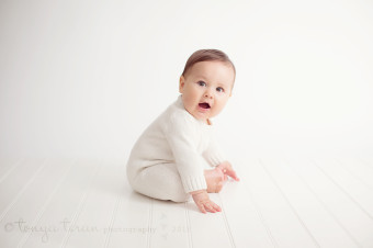 6 month old baby photography | Tonya Teran Photography