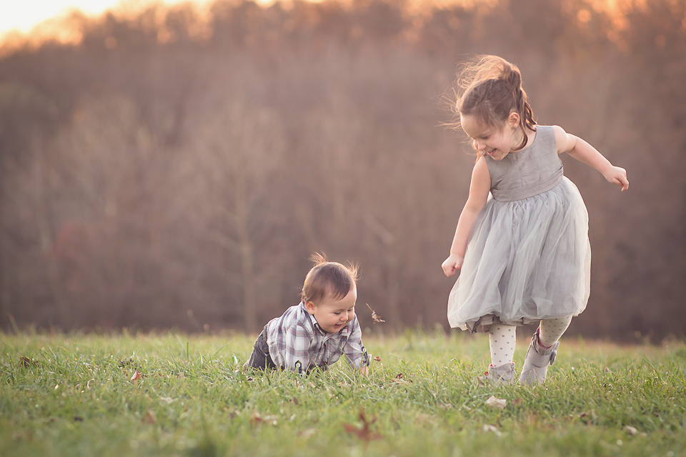 baby and big sister | Tonya Teran Photography, Rockvile, MD Baby Photographer