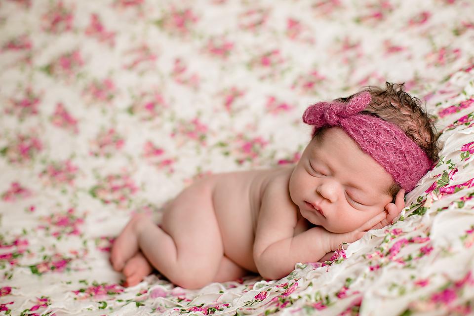 Sleeping newborn pose - Tonya Teran Photography - Bethesda, MD Newborn Baby and Family Photographer