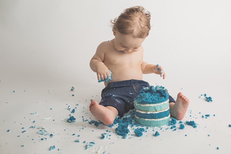 1st birthday cake smash, Rockville, MD Newborn Baby and Family Photographer | Tonya Teran Photography