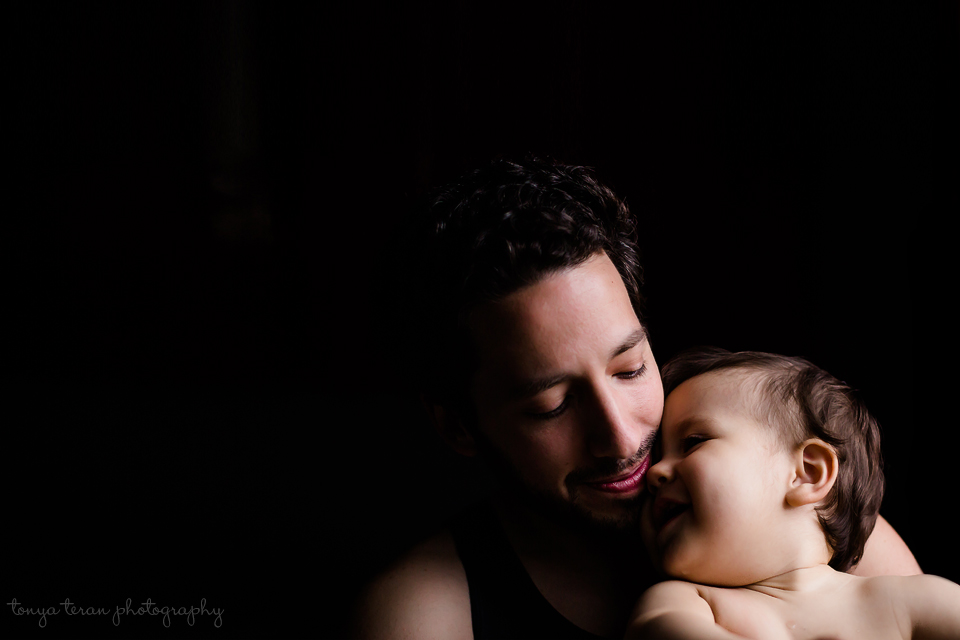 Father and baby | Rockville, MD Newborn baby and family photographer | Tonya Teran Photography