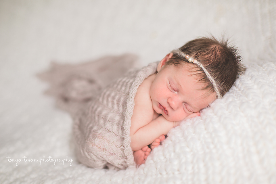 Sleeping newborn pose | Rockville, MD Newborn Baby and Family Photographer - Tonya Teran Photography