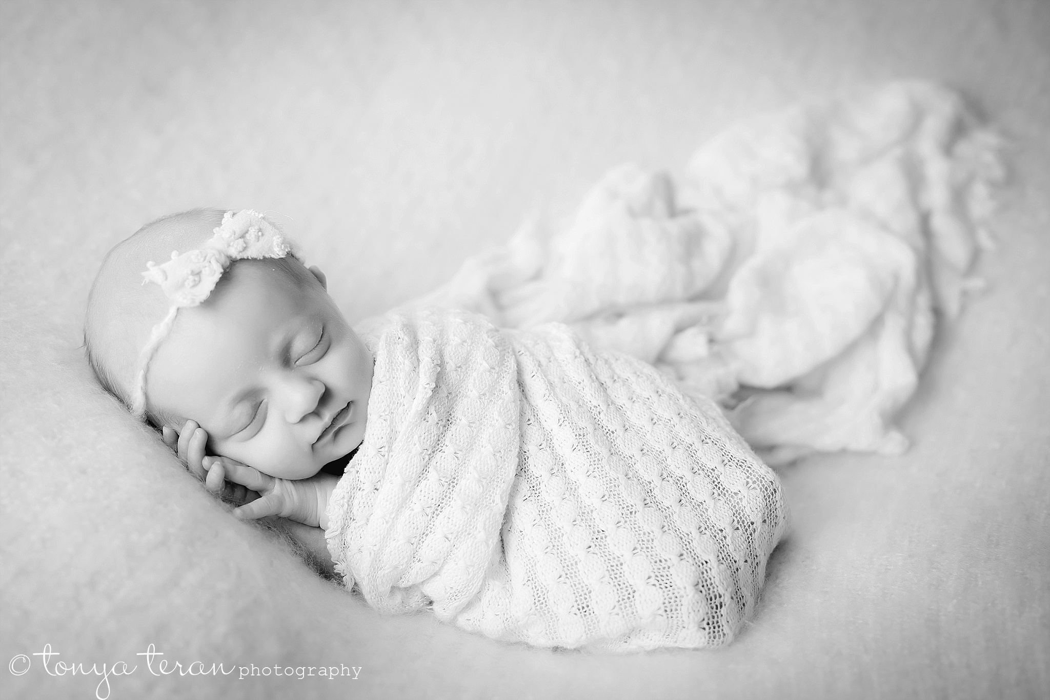 Newborn Photo Session | Tonya Teran Photography, Bethesda, MD Newborn, Baby, and Family Photographer